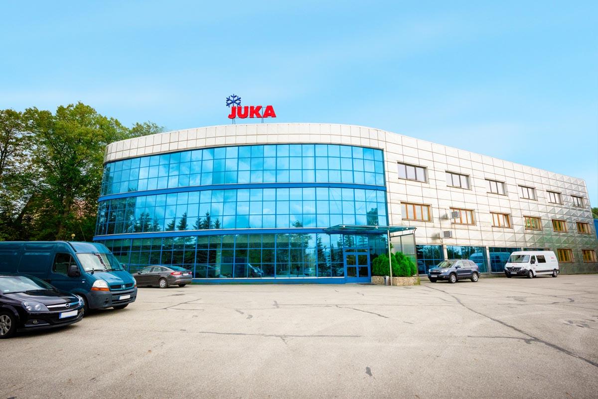 """Fabryka Urządzeń Chłodniczych """"JUKA"""" Sp. j., ul. Fabryczna 4 Niepołomice."""